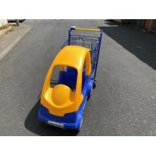 Auto -Kindereinkaufswagen
